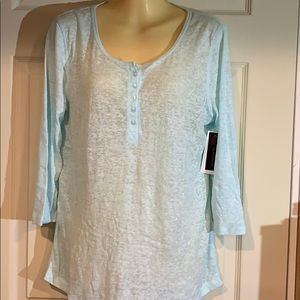 NWT 3/4 sleeves top
